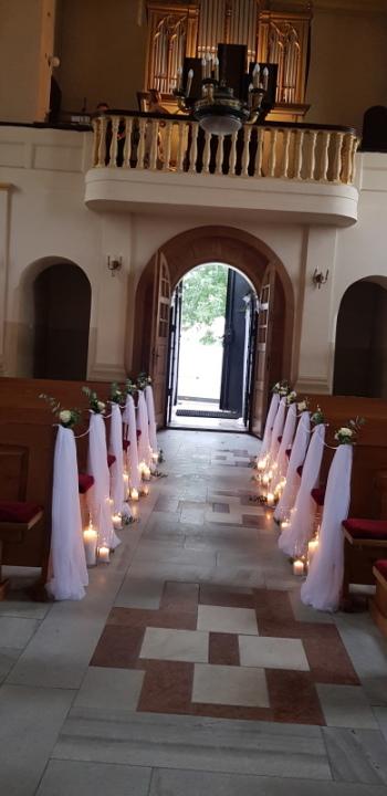 Fabryka dekoracji spełnia marzenia o idealnym ślubie i weselu, Dekoracje ślubne Skierniewice