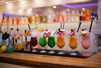 Barman na wesele / fotobudka / beczki/ barman / Sunrise Drink Bar, Barman na wesele Piotrków Trybunalski