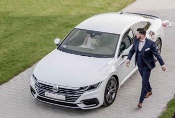 Arteon do ślubu, Samochód, auto do ślubu, limuzyna Pyzdry