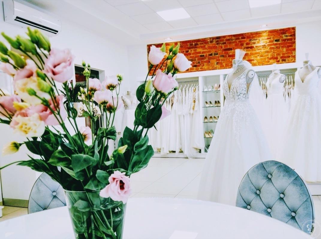 Bellavoi Salon Sukien Ślubnych, Krotoszyn - zdjęcie 1