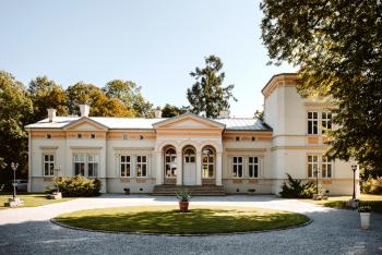 Pałac Minoga, Rustykalne wesele Spichlerz, Wesele w plenerze