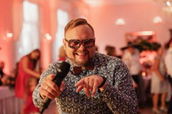 DJ WHITE - Ekskluzywne Wesela, DJ/Wodzirej/ Konferansjer, DJ na wesele Brzeg Dolny