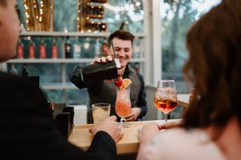 Drink Bar WeseLove Zaprasza do kontaktu, Barman na wesele Sochaczew