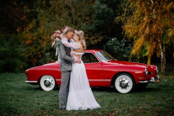 Volkswagen Karmann Ghia 1971r. - klasyczne auto do ślubu., Samochód, auto do ślubu, limuzyna Olsztyn