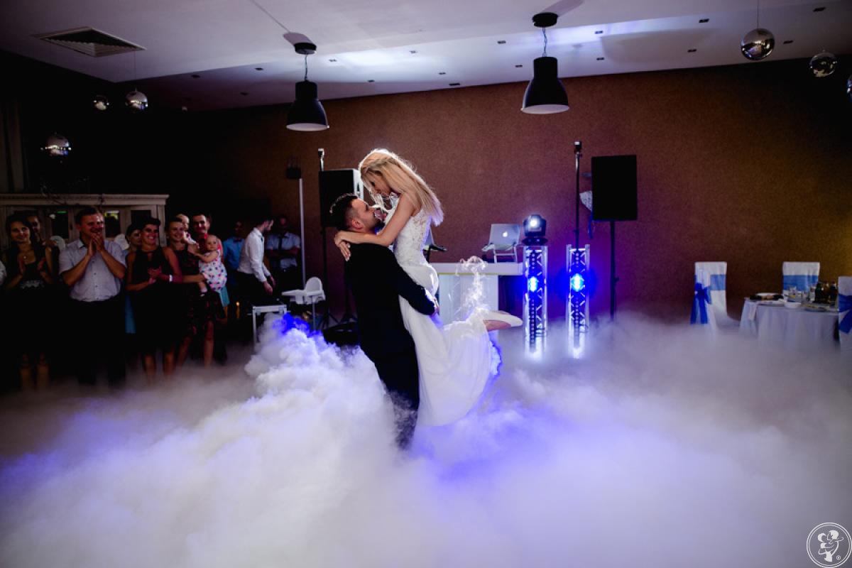 Ciężki Dym. Fontanny iskier :) Pierwszy taniec w chmurach :), Rokity - zdjęcie 1