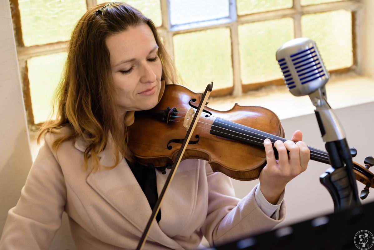 Muzyka z serca - oprawa muzyczna Twojego ślubu w kościele  - Avalon, Głogów - zdjęcie 1