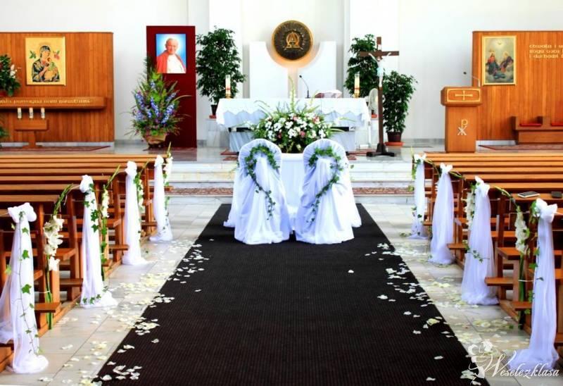Elegant Dekoracje Kościoła Sal Bukiety Biały Dywan krzesła Chiavari, Kraków - zdjęcie 1