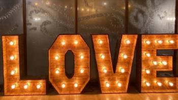 Napis LOVE - wesele rustykalne, boho, vintage lub pełne elegancji., Napis Love Warszawa