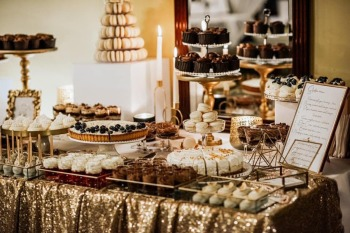 Wszystkiego Dobrego - słodkie stoły/torty/ciasta/słodkie upominki., Słodki kącik na weselu Siedlce