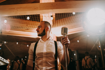 Przyjęcia weselne bez disco polo Dj Dariusz Hołyst, DJ na wesele Mszana Dolna