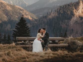 Autorska, naturalna  fotografia ślubna.,  Będzin