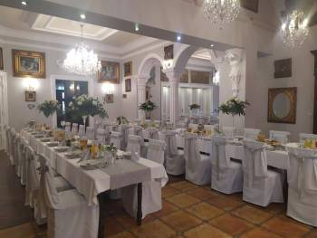 Restauracja Dworek Przysieki, Sale weselne Stalowa Wola