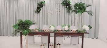 DekoKreacja -aranżacje w stylu Boho, Glamour, Klasycznym,  Tematycznym, Dekoracje ślubne Łosice
