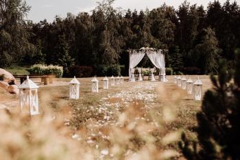 Pracownia WEDDING Florystyczno-Dekoratorska Teresa Kwiatkowska, Dekoracje ślubne Skępe