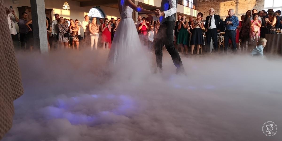 ciężki dym, DJ na wesele, auto do ślubu i do rozwożenia gości itp, Wieliczka - zdjęcie 1