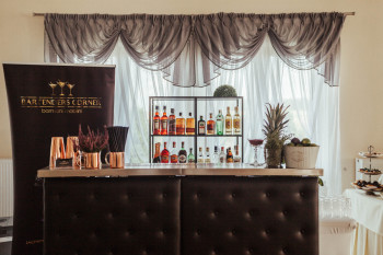 Bartenders Corner | barmani mobilni, Pokaz barmański na weselu Krynica-Zdrój