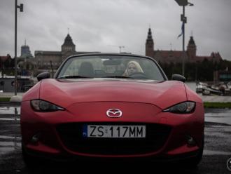 Mazda MX5 czerwony sportowy caabriolet do ślubu i nie tylko.,  Szczecin