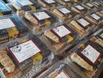Cukiernia Dora - Paczki z ciastkami dla Gości, Prezenty ślubne Trzebinia