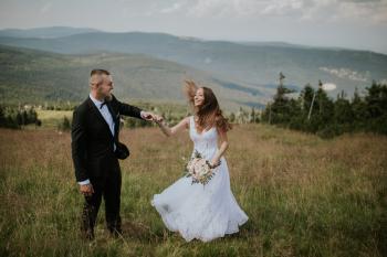 Fotografia Marysia Górska - Zatrzymując piękne chwile w kadrze, Fotograf ślubny, fotografia ślubna Gostyń