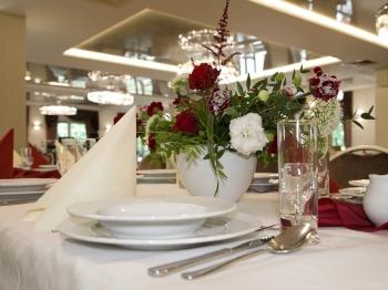 Hotel i Restauracja Walcerek zaprasza na przyjęcia weselne, Sale weselne Żerków