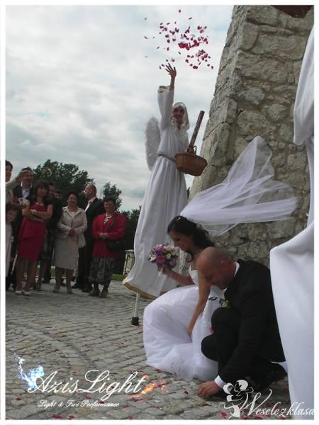 Aniołki na Ślubie Szczudlarze Azislight, Dąbrowa Górnicza - zdjęcie 1