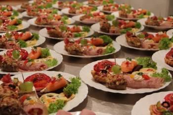 Catering na wesele, catering weselny: Restauracja Feniks, Catering Szczekociny