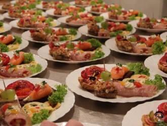 Catering na wesele, catering weselny: Restauracja Feniks,  Świętochłowice