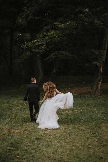 Grąccy Fotografia- Pełna emocji, naturalna fotografia ślubna