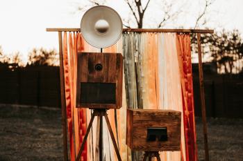 RUSTYKALNA FOTOBUDKA | ŁAPACZ UŚMIECHU | BOHO | KOLOROWA ŚCIANKA, Fotobudka, videobudka na wesele Koniecpol