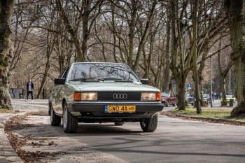 Audi 80 b2 GLS 1980r Zawiozę do ślubu lub na inną okazję., Samochód, auto do ślubu, limuzyna Prabuty