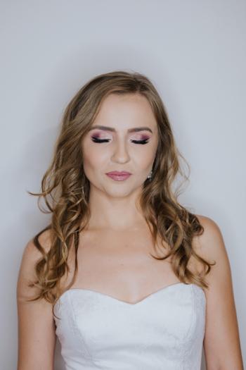SanRossa Make-up, atrakcyjne pakiety, dojazd bezpłatnie, Makijaż ślubny, uroda Byczyna