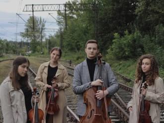 Eslavo Quartet,  Gorlice