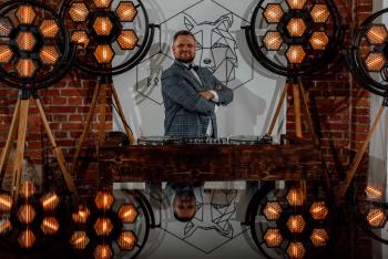 Dj Szumny / Wodzirej - Elegancko z humorem i bez Siary :), DJ na wesele Okonek