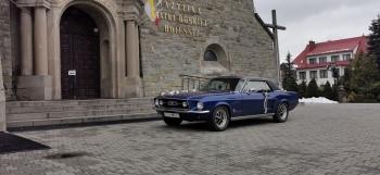 Zabytkowy Ford Mustang 1967 rok