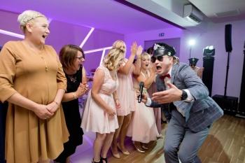 DJ /Wodzirej MATTY/Taniec w chmurach / Dekoracja światłem, DJ na wesele Rypin