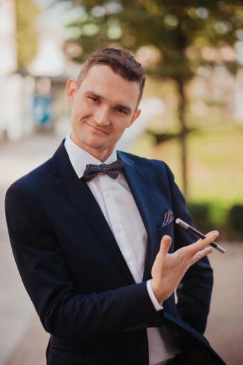 Iluzjonista Starling - Stwórzmy Wspomnienia na lata., Iluzjonista Wieleń
