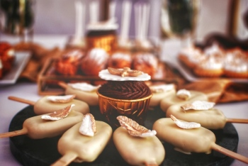 Gustawek na Słodko - Wspaniałe słodkości na Twoim weselu