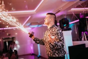 ‼️ DJ/ Wodzirej Jakub Barszcz - Nowoczesny wymiar Twojego wesela ‼️, DJ na wesele Brok