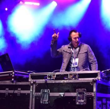 NajlepszeParty.pl - Organizacja i obsługa imprez, DJ na wesele Czarne