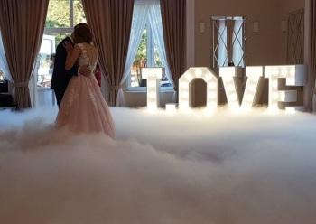 Wielki Napis LOVE na sale weselną, Napis Love Bielsko-Biała