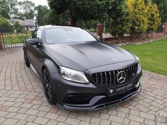 Czarny Mercedes C43 AMG Coupe do ślubu wynajem samochód na wesele ślub,  Poznań