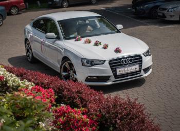 Samochód do ślubu . Wyjątkowe , białe Audi A5 do ślubu ., Samochód, auto do ślubu, limuzyna Częstochowa