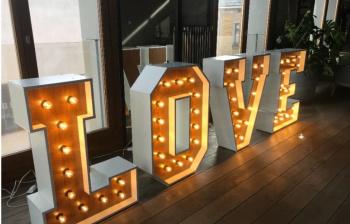 Od 200zł Litery LOVE napis Fotobudka , Napis Love Olszyna