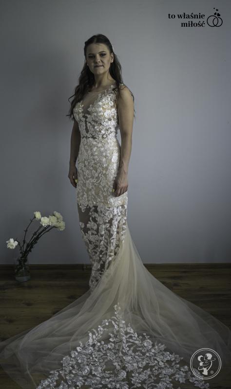 Salon sukni ślubnych TO WŁAŚNIE MIŁOŚĆ atrakcyjne ceny, szeroki wybór, Zabrze - zdjęcie 1