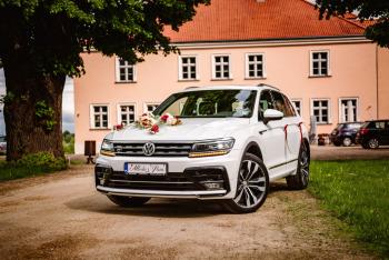 Auto do ślubu Samochód na wesele biały SUV VW Tiguan R-Line, Samochód, auto do ślubu, limuzyna Jędrzejów