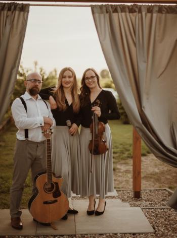 Trio Sedamor - oprawa muzyczna marzeń - WOKAL-SKRZYPCE-GITARA, Oprawa muzyczna ślubu Szczawno-Zdrój