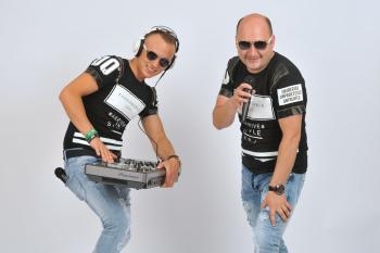 Doświadczenie  połączone  z innowacją K&T - Duet najlepszych DJ-ów, DJ na wesele Toszek