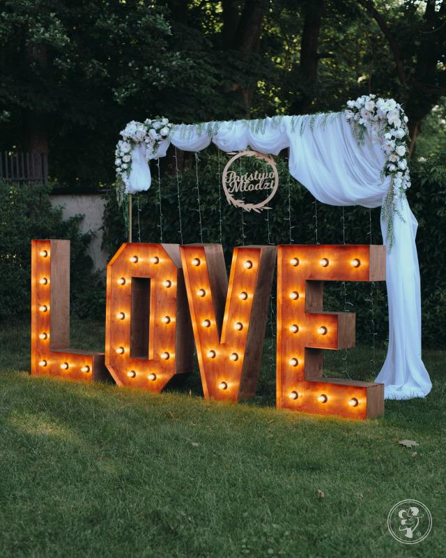 Napis MIŁOŚĆ i LOVE Ścianki ślubne PLENER, Reda - zdjęcie 1