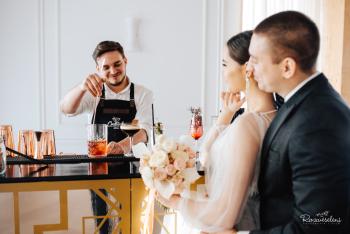 Cocktail Factory .: Bar mobilny na imprezy okolicznościowe:., Barman na wesele Parczew