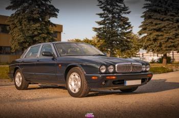 Jaguar XJ do ślubu/klasyk/retro/V8, Samochód, auto do ślubu, limuzyna Tarnobrzeg